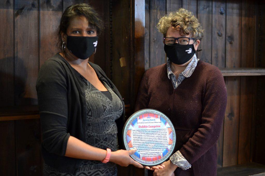 Debbie Langston receives a service award